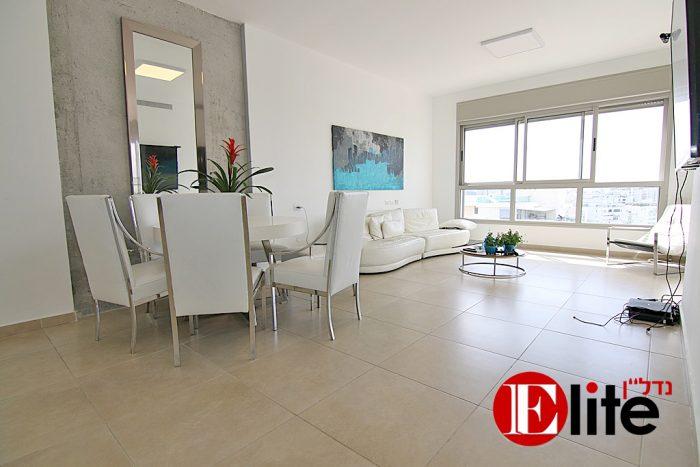 דירה למכירה 5חדרים בנופי ים הגוש הגדול